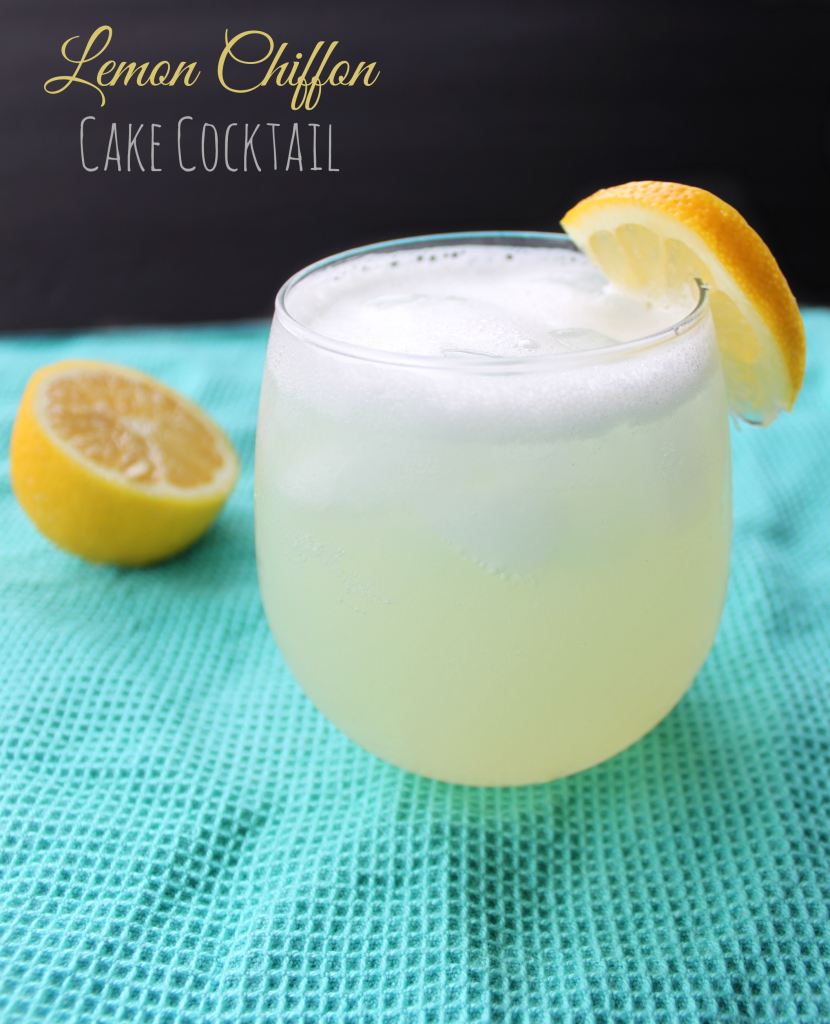 Lemon Chiffon Cake Cocktail via TheFoodiePatootie.com | #drinks #cocktail #recipe #foodholiday #lemon