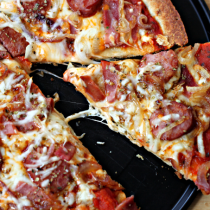National Cheese Pizza Day   Spicy Meat & Cheese Pizza