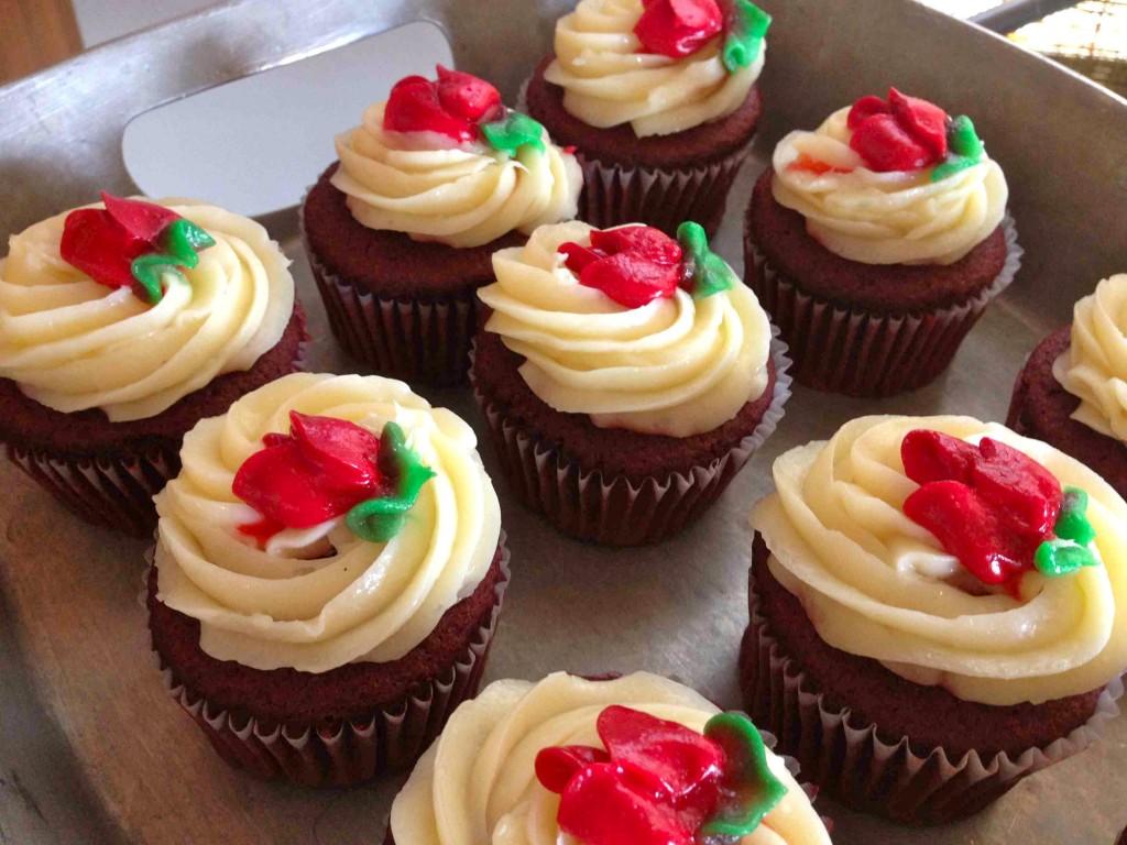 red-velvet-cupcakes-oystercatchers