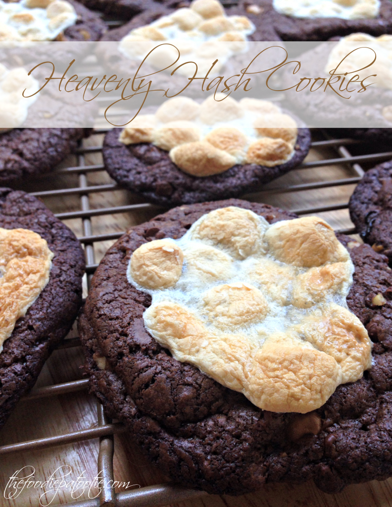 Heavenly Hash Cookies via TheFoodiePatootie.com | #dessert #recipe #foodholiday #foodcalendar #heavenlyhash #chocolate
