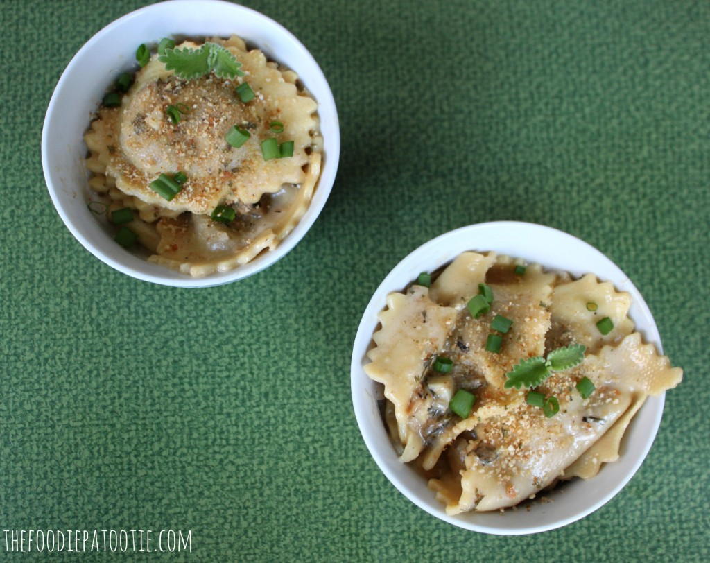 Chicken Marsala Ravioli via TheFoodiePatootie.com | #pasta #recipe #foodholidays