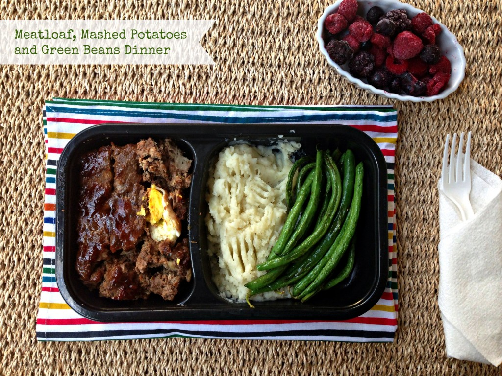 Meatloaf, Mashed Potatoes, Green Beans Dinner via TheFoodiePatootie.com | #meat #beef #dinner #recipe #foodholiday