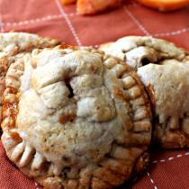 National Peaches and Cream Day | Peaches & Cream Pie Cookies