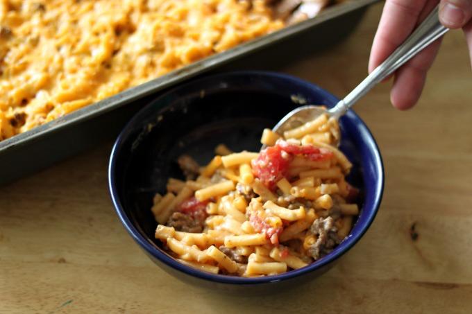 Simple Dinner Recipes | BBQ Beef Mac & Cheese Bake