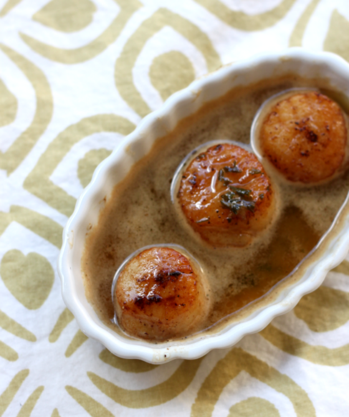National Fried Scallops Day | Seared Scallops with Butter Herb Sauce
