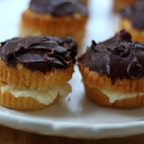 National Boston Cream Pie Day | Boston Cream Pie Cupcakes