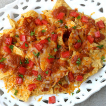 National Nachos Day | Cheesy Chili Nachos