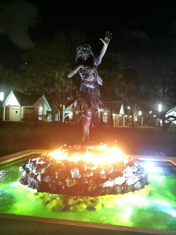 ulele-statue